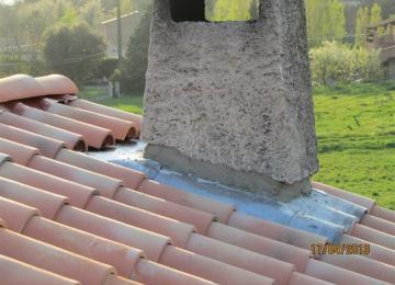 Etanchéité en zing du conduit de cheminée