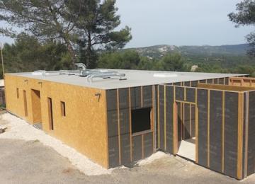 Structure en bois mixte avant finitions