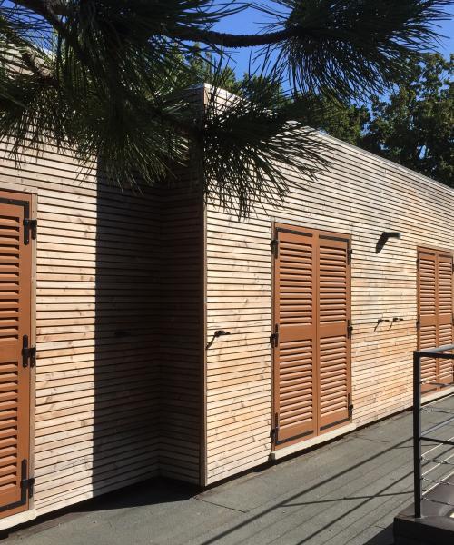 Construction d'un studio en bois de 35m² dans un espace réduit à Peypin (13)
