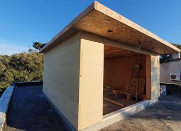 Ouverture grande vue exposition sud toiture surélévation - Marseille - La Maison Bois