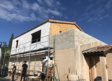 Isolation thermique par l'extérieur et terrasse maçonnée