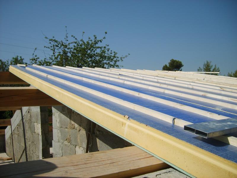 d molition et r novation de la toiture charpentes et toitures. Black Bedroom Furniture Sets. Home Design Ideas
