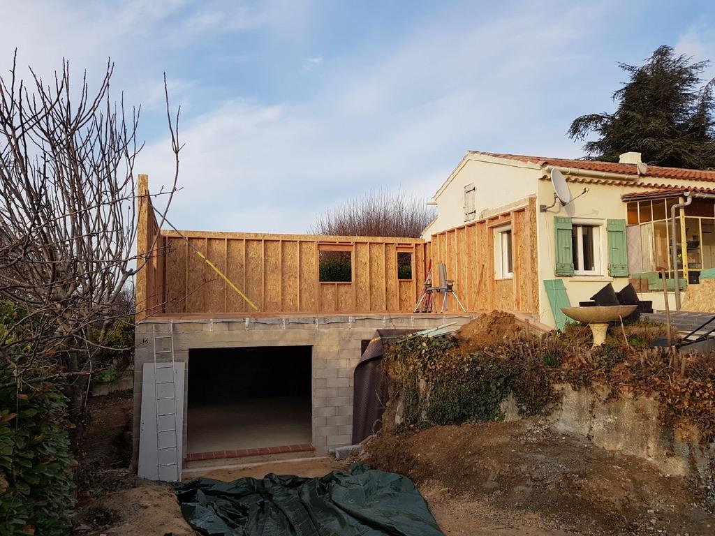 Extension sur garage dalle b ton terrasse pergola bois mimet actualit s - Extension sur terrasse ...