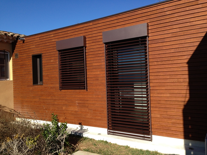 Isolation thermique par l 39 ext rieur diaporama nos m tiers for Isolation maison exterieur bardage bois